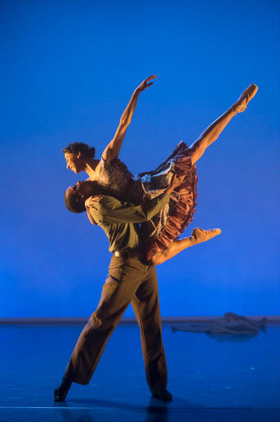 Ballet Black Sarah Kundi and Damien Johnson in Christopher Marney's 'War Letters'