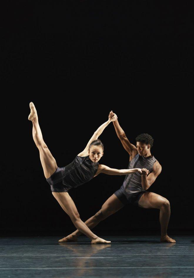 Sayaka Ichikawa & Mthuthuzeli November of Ballet Black in Martin Lawrance's Pendulum